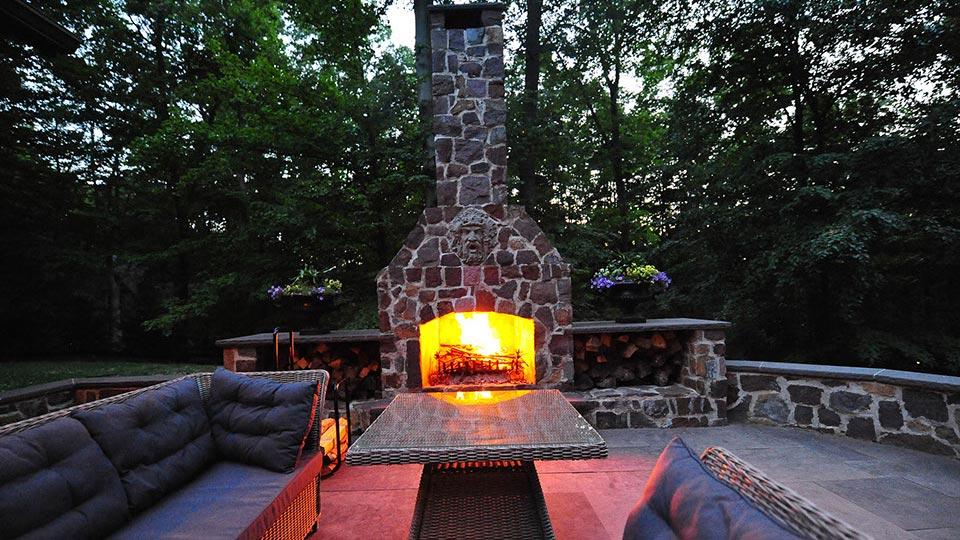 Outdoor Fireplace, outside fireplace, backyard fireplace, patio fireplace, outdoor fireplaces
