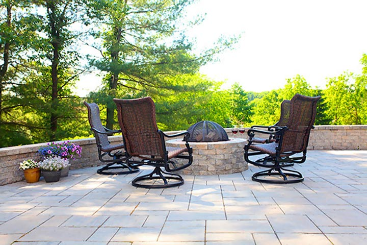 outdoor fire pit in pennington, nj